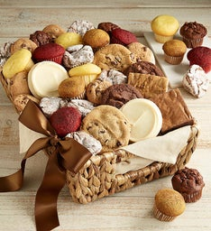 Mrs. Beasley's® Medium Basket