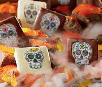 Spellbinding sweets and treats ▸