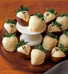 Wedding Chocolate-Covered Strawberries
