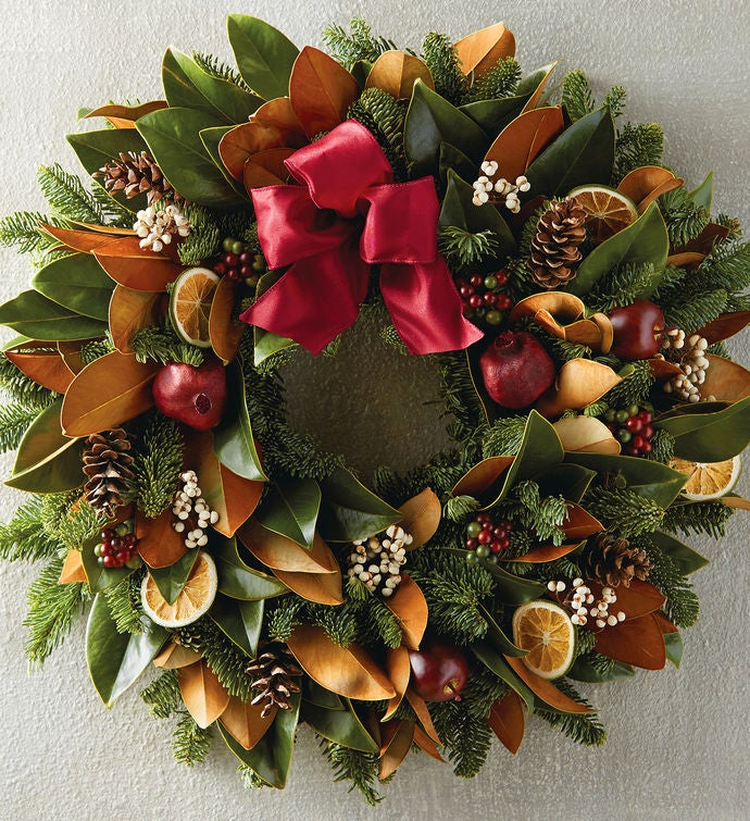 "22"" Magnolia Wreath"