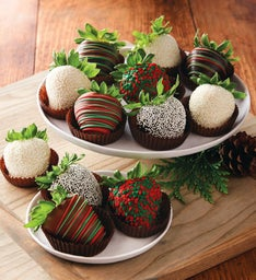Holiday Chocolate-Covered Strawberries