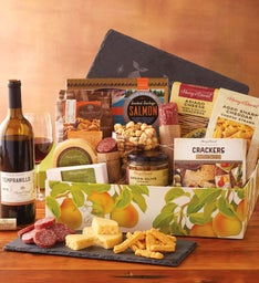 Spring Picnic Founder's Gift Box with Wine