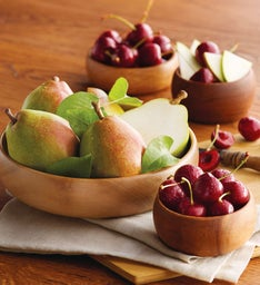 Royal Verano Pears and Cherry-Oh174 Cherries