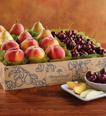 Royal Verano Pears, Oregold® Peaches, and Cherry-Oh!® Cherries