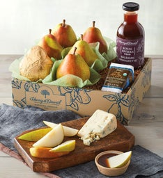 Royal Riviera™ Vinaigrette and Pears with Cheese
