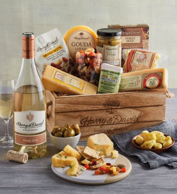 Deluxe Cheese Crate with Wine snipeImage