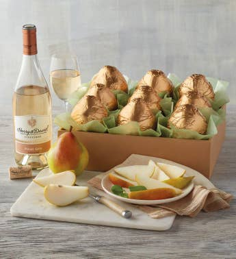 Royal Riviera174 Pear Gold Gift with Wine