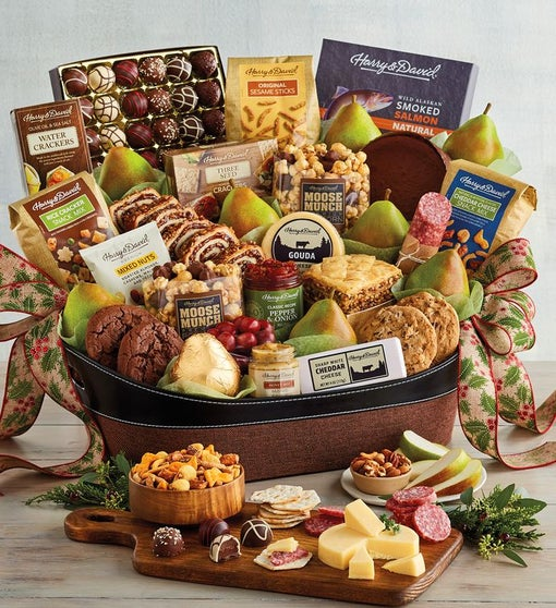 Grand Hearthside Gift Basket