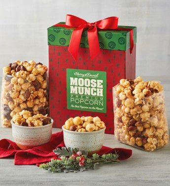 Moose Munch174 Premium Popcorn Holiday Box