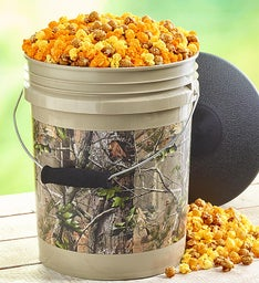RealTree APG® Camo Popcorn Bucket with Seat Lid